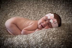 Newborn Mia by blickfang.photo